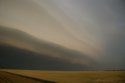 shelf cloud u Loun